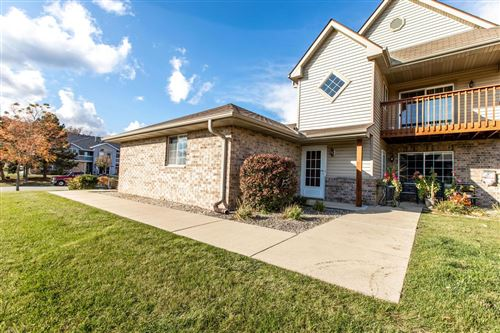 Photo of 211 W Oak Leaf Dr #5, Oak Creek, WI 53154 (MLS # 1716700)