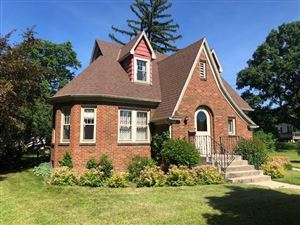 Photo of 329 Lincoln St, Fort Atkinson, WI 53538 (MLS # 1665701)