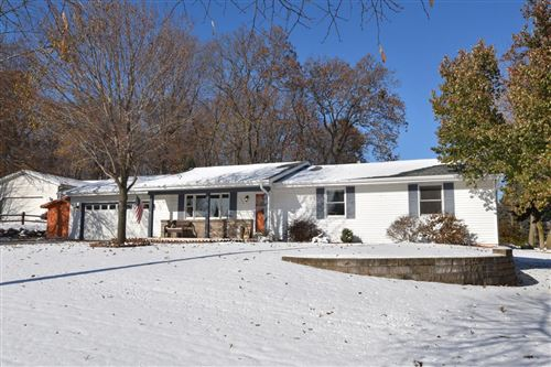 Photo of 1520 Annie Pl, West Bend, WI 53090 (MLS # 1667701)