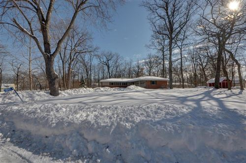 Photo of 1888 Woodland Dr, Caledonia, WI 53108 (MLS # 1726705)