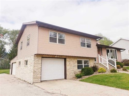 Photo of 916 SOUTH AVENUE, Lomira, WI 53048 (MLS # 50222705)