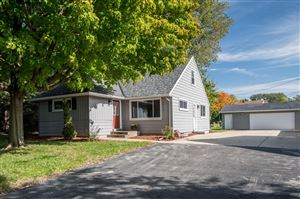 Photo of 4454 S 48th St, Greenfield, WI 53220 (MLS # 1664707)