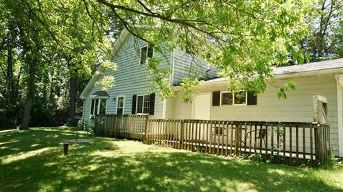 Photo of 8801 Mc  Henry St, Burlington, WI 53105 (MLS # 1694707)