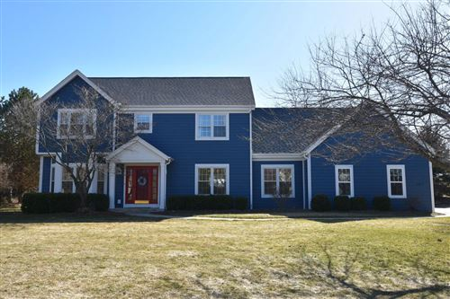 Photo of 8817 W Daventry Rd, Mequon, WI 53097 (MLS # 1730708)