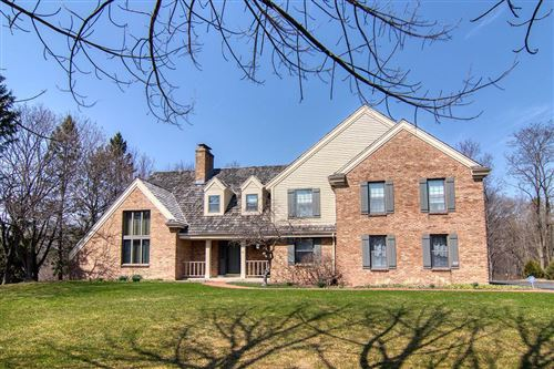 Photo of 9939 N Valley Hill Dr, Mequon, WI 53092 (MLS # 1732710)