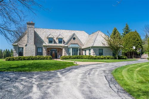Photo of 10619 N Augusta Ct, Mequon, WI 53092 (MLS # 1677712)