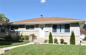 Photo of 3008 S 94th St, West Allis, WI 53227 (MLS # 1648716)