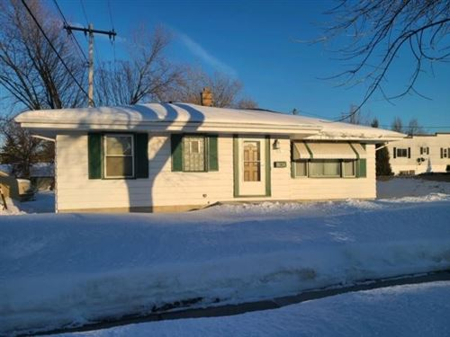 Photo of 1364 S 96th St, West Allis, WI 53214 (MLS # 1727719)