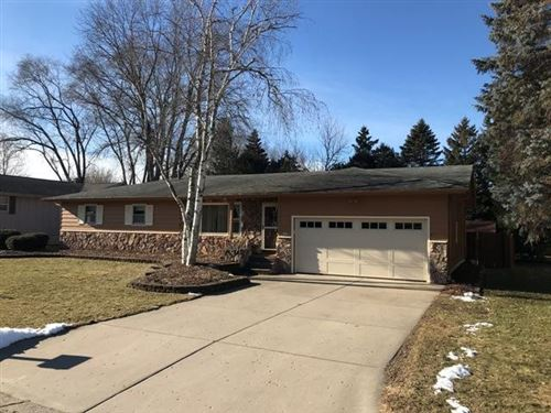 Photo of 274 S Woodland Dr, Whitewater, WI 53190 (MLS # 1670720)