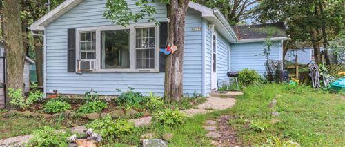 Photo of W8759 Ridge Rd, Delavan, WI 53115 (MLS # 1708728)