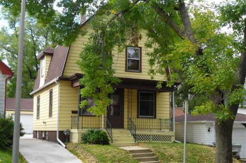 Photo of 911 N 37th St, Milwaukee, WI 53208 (MLS # 1689731)