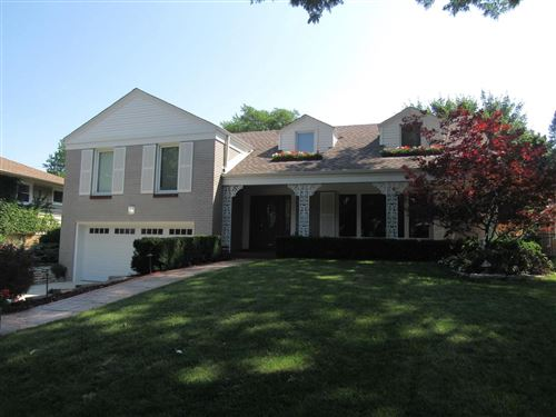 Photo of 7830 St Anne Ct, Wauwatosa, WI 53213 (MLS # 1752731)