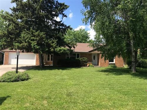 Photo of 8959 N Iroquois Rd, Bayside, WI 53217 (MLS # 1749734)