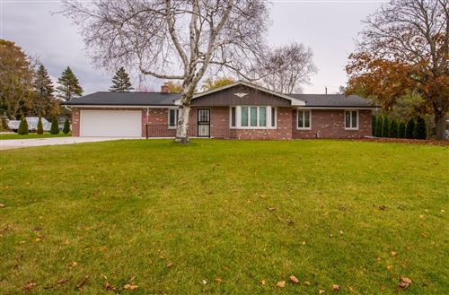 Photo of 4570 Imperial Dr, Brookfield, WI 53045 (MLS # 1666736)