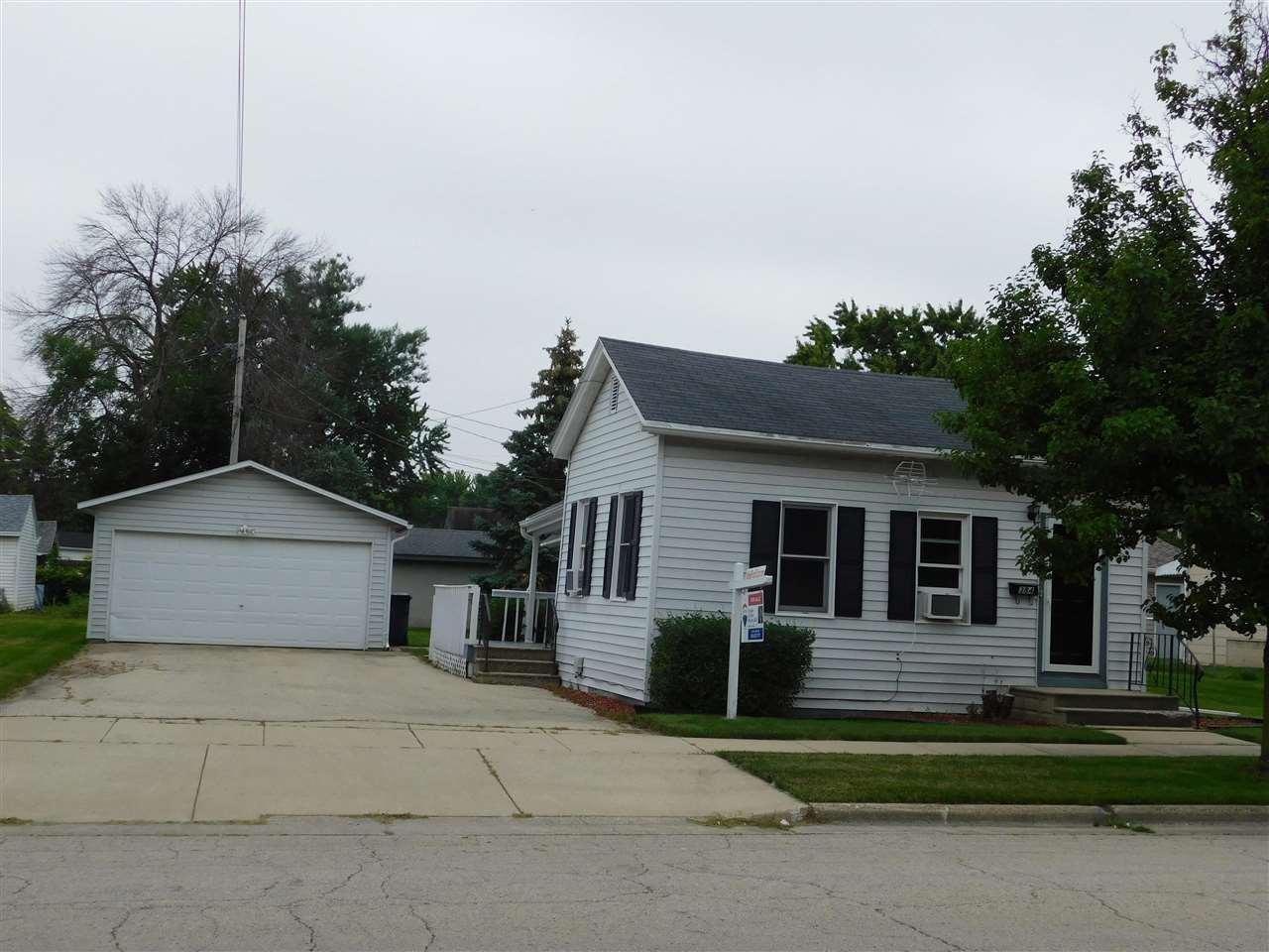 384 PORTAGE STREET, Fond du Lac, WI 54935 - MLS#: 50244736