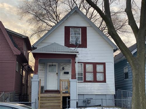 Photo of 2453 N 25th ST, Milwaukee, WI 53206 (MLS # 1673737)