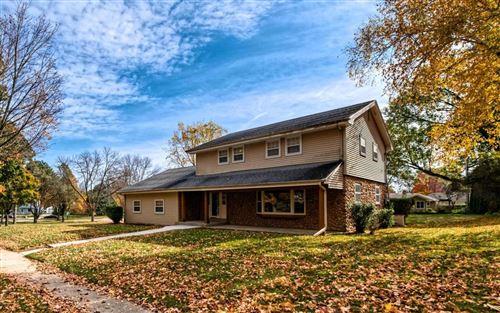 Photo of N77W6879 Linden St, Cedarburg, WI 53012 (MLS # 1716737)