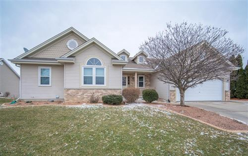 Photo of 7927 Golden Bay Trl, Waterford, WI 53185 (MLS # 1673740)