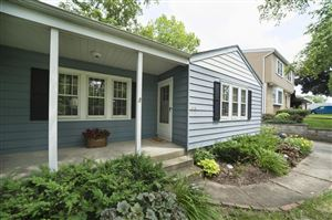 Photo of 508 N 114th St, Wauwatosa, WI 53226 (MLS # 1646741)