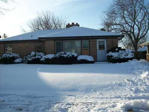 Photo of 1331 Manitowoc Ave, South Milwaukee, WI 53172 (MLS # 1673743)