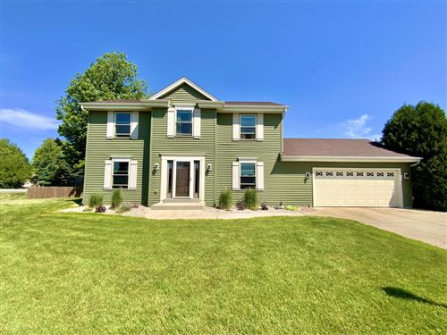 Photo of 300 Woodfield Ct, Eagle, WI 53119 (MLS # 1744743)