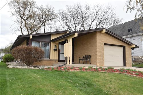 Photo of 2419 Cleveland PL, South Milwaukee, WI 53172 (MLS # 1735751)
