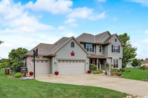 Photo of 804 Melbourne Rd, Eagle, WI 53119 (MLS # 1748753)