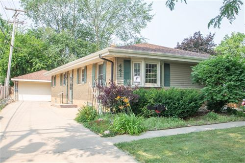 Photo of 441 N 112th St, Wauwatosa, WI 53226 (MLS # 1753755)