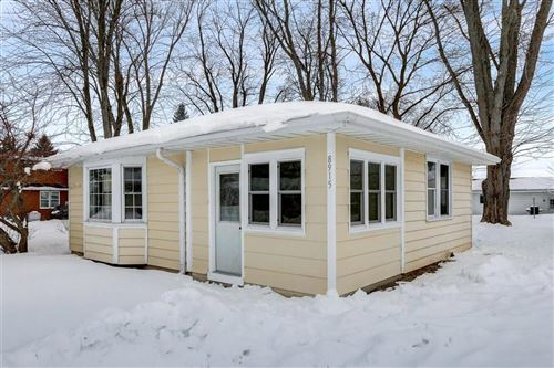 Photo of 8915 389th Ave, Burlington, WI 53105 (MLS # 1727757)