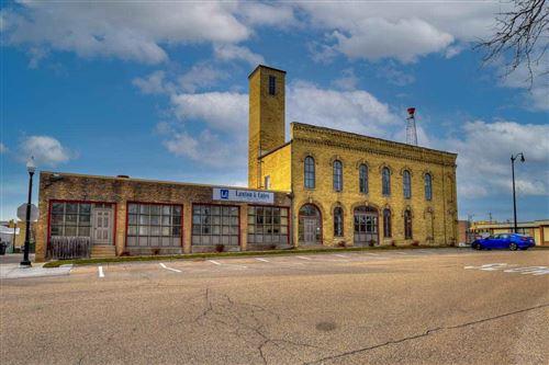 Photo of 146-148 E Milwaukee St, Jefferson, WI 53549 (MLS # 1900760)