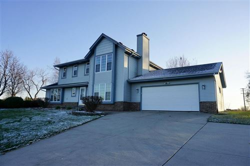 Photo of 6543 Walters Dr, West Bend, WI 53090 (MLS # 1718762)