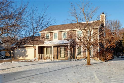 Photo of W173S8296 Clearbrook Dr, Muskego, WI 53150 (MLS # 1667763)