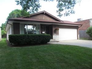 Photo of 520 N 77th St, Wauwatosa, WI 53213 (MLS # 1648764)