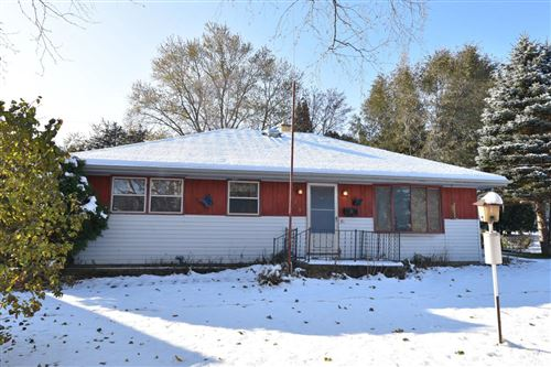 Photo of 209 S Orchard St, Thiensville, WI 53092 (MLS # 1665764)