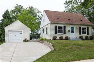 Photo of 137 Summit Dr, Port Washington, WI 53074 (MLS # 1657767)
