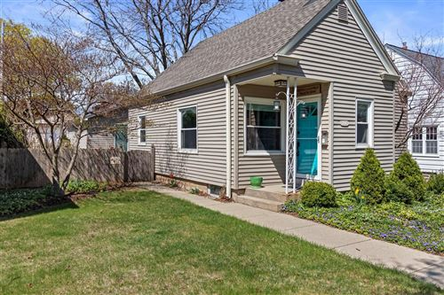 Photo of 3271 S Burrell St, Milwaukee, WI 53207 (MLS # 1735769)