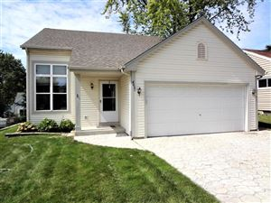 Photo of 4031 S 89th St, Greenfield, WI 53228 (MLS # 1656770)