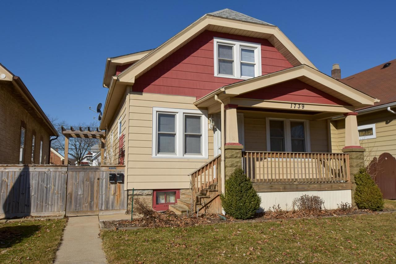 1739 S 58th St, West Allis, WI 53214 - MLS#: 1680770