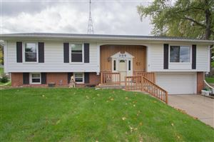 Photo of 306 S Concord Ave, Watertown, WI 53094 (MLS # 1659772)