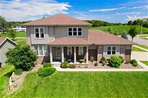 Photo of 1271 Cathedral Point Dr, Verona, WI 53593 (MLS # 1863772)