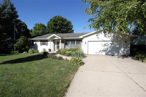 Photo of 230 S Woodland Dr, Whitewater, WI 53190 (MLS # 1713773)
