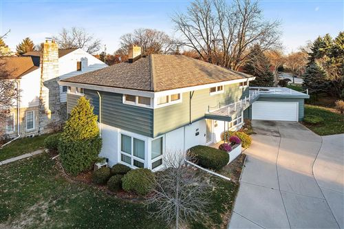 Photo of 8747 Parkview Ct #8749, Wauwatosa, WI 53226 (MLS # 1718773)
