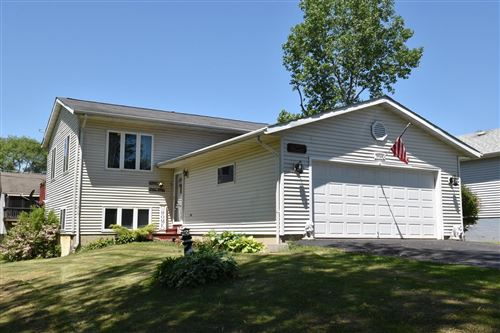 Photo of 9046 268th Ave, Salem, WI 53168 (MLS # 1692774)