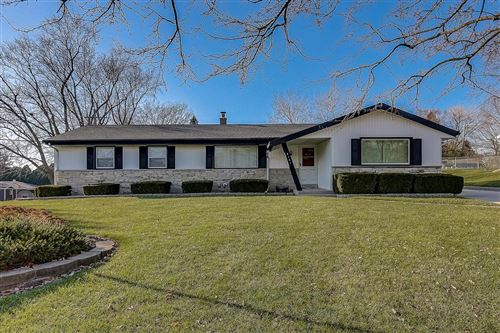 Photo of 4161 S 101st St, Greenfield, WI 53228 (MLS # 1718776)