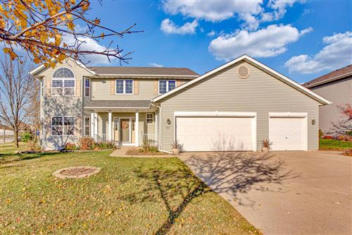 Photo of 892 Algoma Dr, Port Washington, WI 53074 (MLS # 1717779)