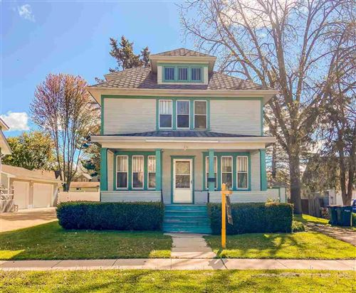 Photo of 256 Maple Ave, Juneau, WI 53039 (MLS # 1908783)