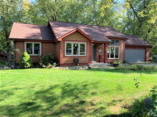 Photo of 570 Lincoln St, Palmyra, WI 53156 (MLS # 1711786)