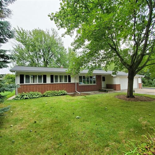 Photo of 3051 Green Bay Rd, Port Washington, WI 53074 (MLS # 1708787)
