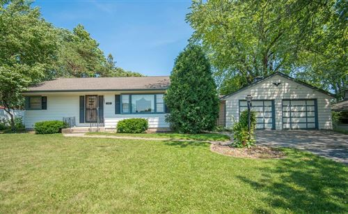 Photo of 703 Roosevelt Ave, Mount Pleasant, WI 53406 (MLS # 1750787)