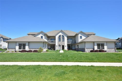 Photo of N161W19112 Oakland Dr #8, Jackson, WI 53037 (MLS # 1690790)